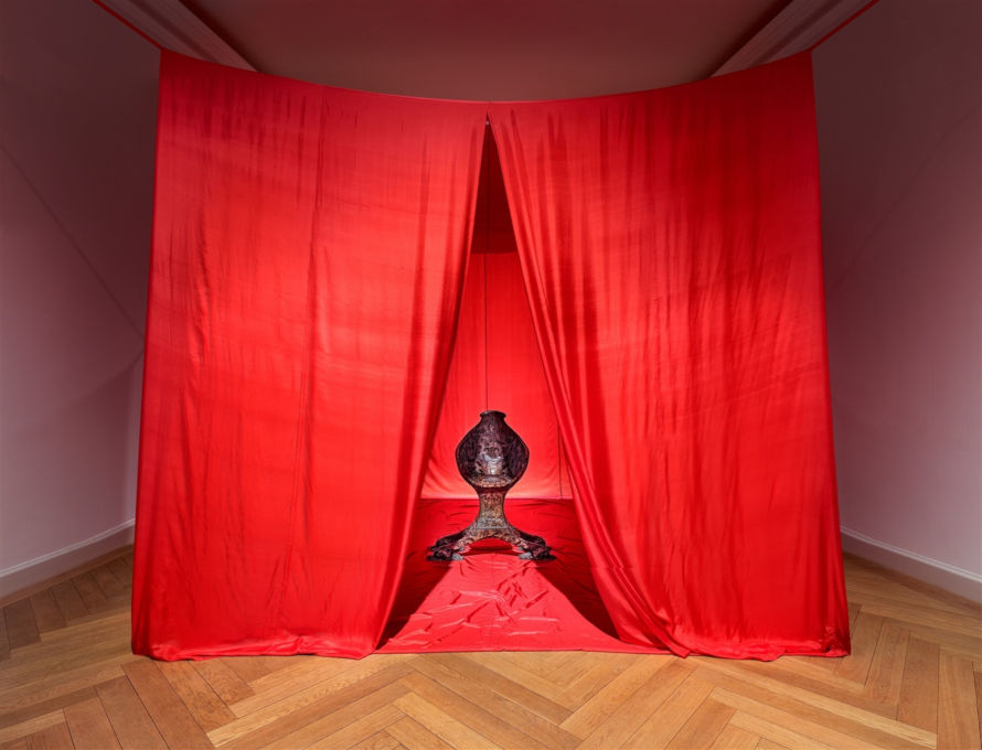 James Lee Byars - The Chair of Transformation, 1989